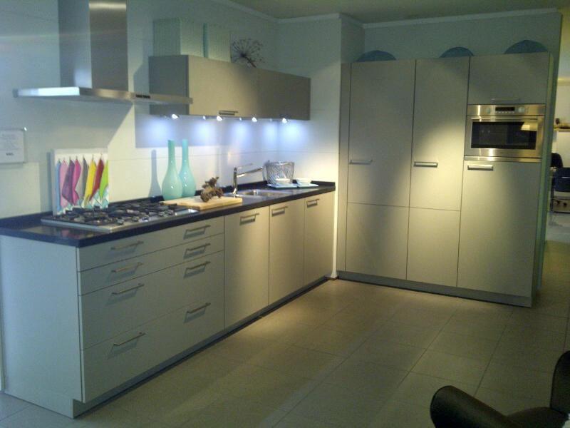 Voorraadkasten Keuken : showroomkeuken aanbiedingen SieMatic Luxe SmartDesign Keuken [40394