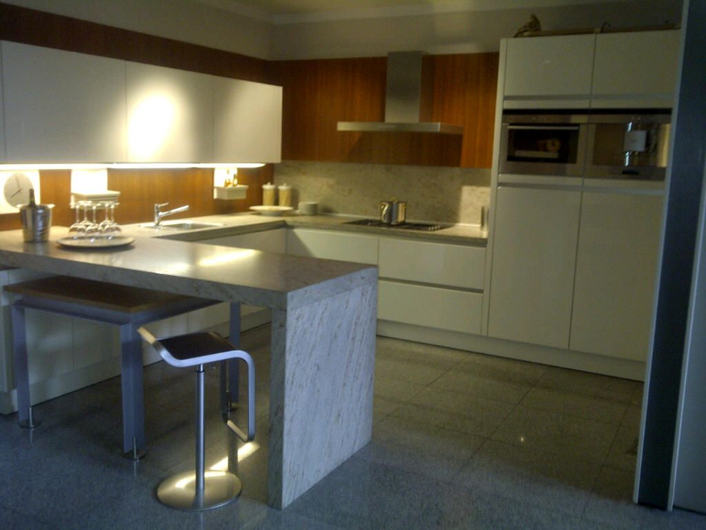 Keuken vorm bar u home design idee n en meubilair inspiraties - Keuken schmi ...