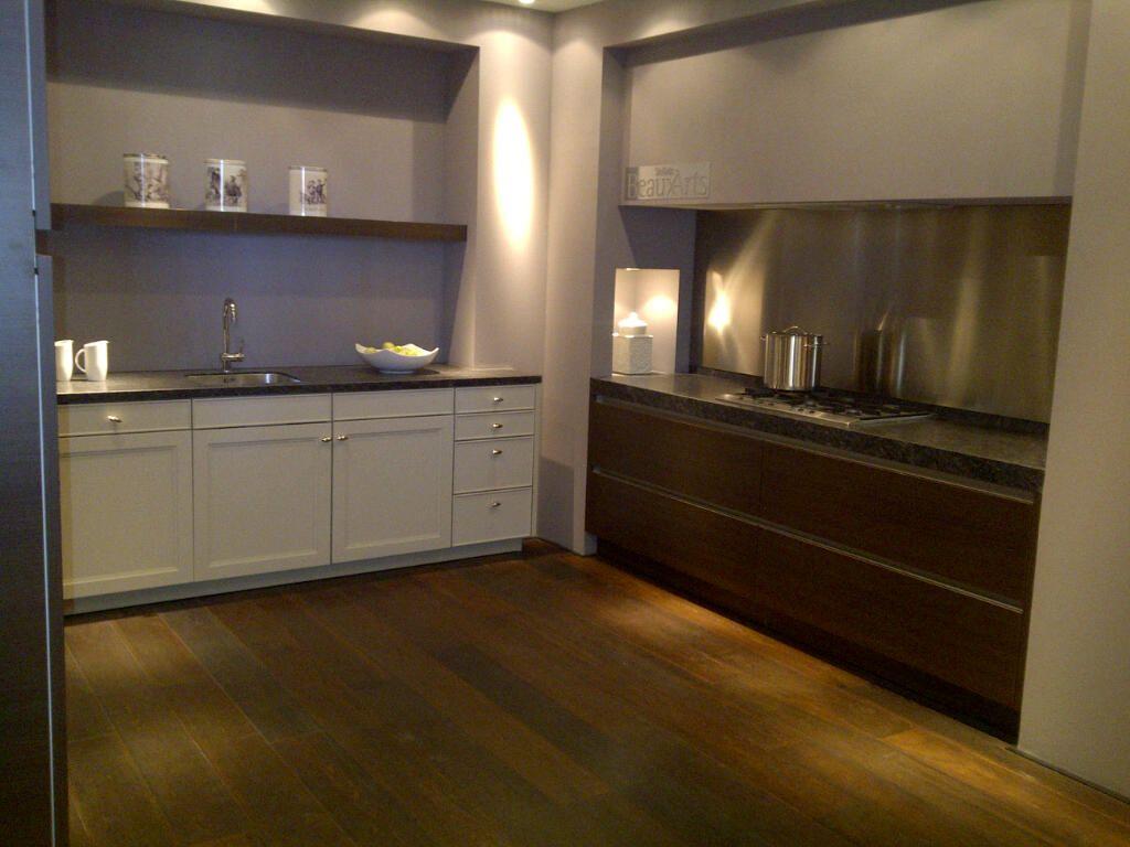 siematic showroomkeukens siematic showroomkeuken aanbiedingen siematic beauxarts unieke. Black Bedroom Furniture Sets. Home Design Ideas