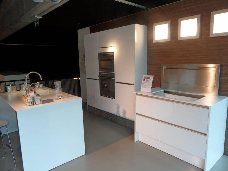 Keuken Greeploos Hoogglans Wit : Siematic showroomkeuken aanbiedingen Wit hoogglans greeploos [35508