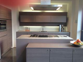 ... aanbiedingen  Luxe trendy SieMatic design greeploze keuken [48605