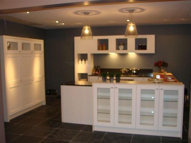Moderne landelijke keuken moderne keuken in landelijke stijl met car interior design - Moderne keuken stijl fotos ...
