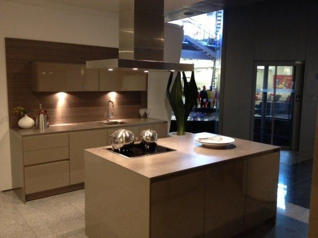 ... aanbiedingen  Luxe trendy SieMatic design greeploze keuken [48616