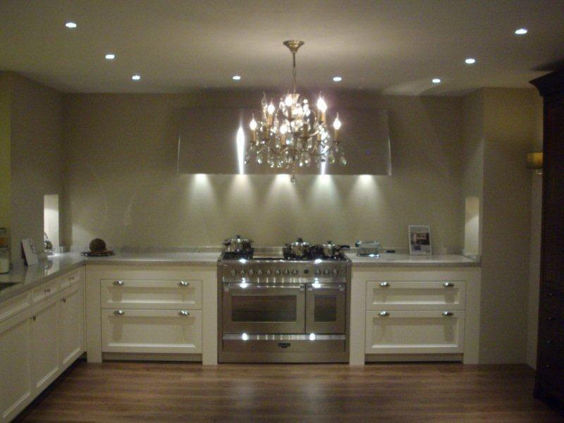 siematic showroomkeukens siematic showroomkeuken aanbiedingen siematic beauxarts 2 53824. Black Bedroom Furniture Sets. Home Design Ideas
