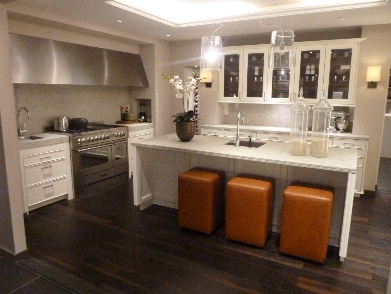 siematic showroomkeukens siematic showroomkeuken aanbiedingen siematic beauxarts classic 53836. Black Bedroom Furniture Sets. Home Design Ideas
